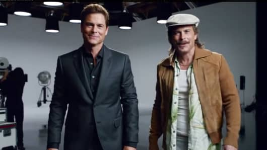 Rob Lowe in a DirecTV ad