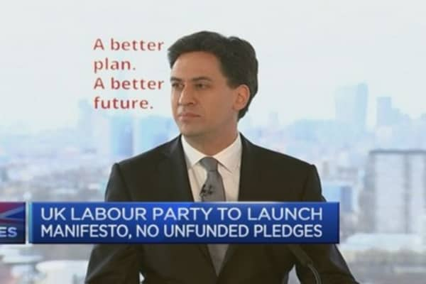 UK opposition launches election manifesto