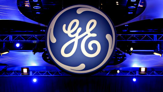 GE SHAREHOLDERS MEETING