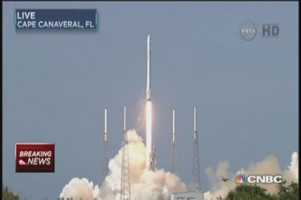 Watch SpaceX rocket launch