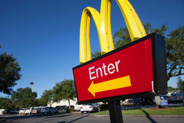 McDonald's Enter sign