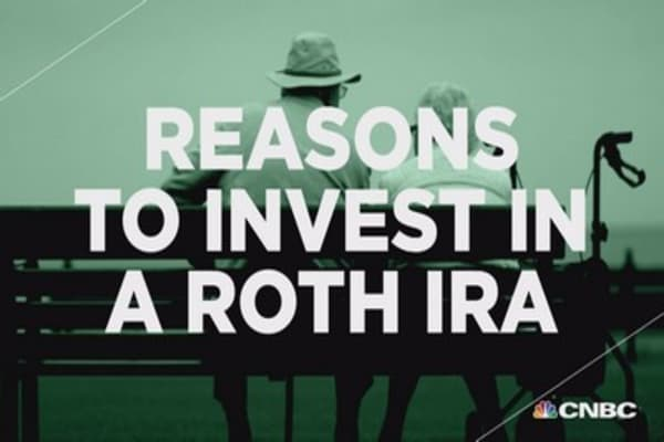Retire Well: Reasons to invest in a Roth IRA