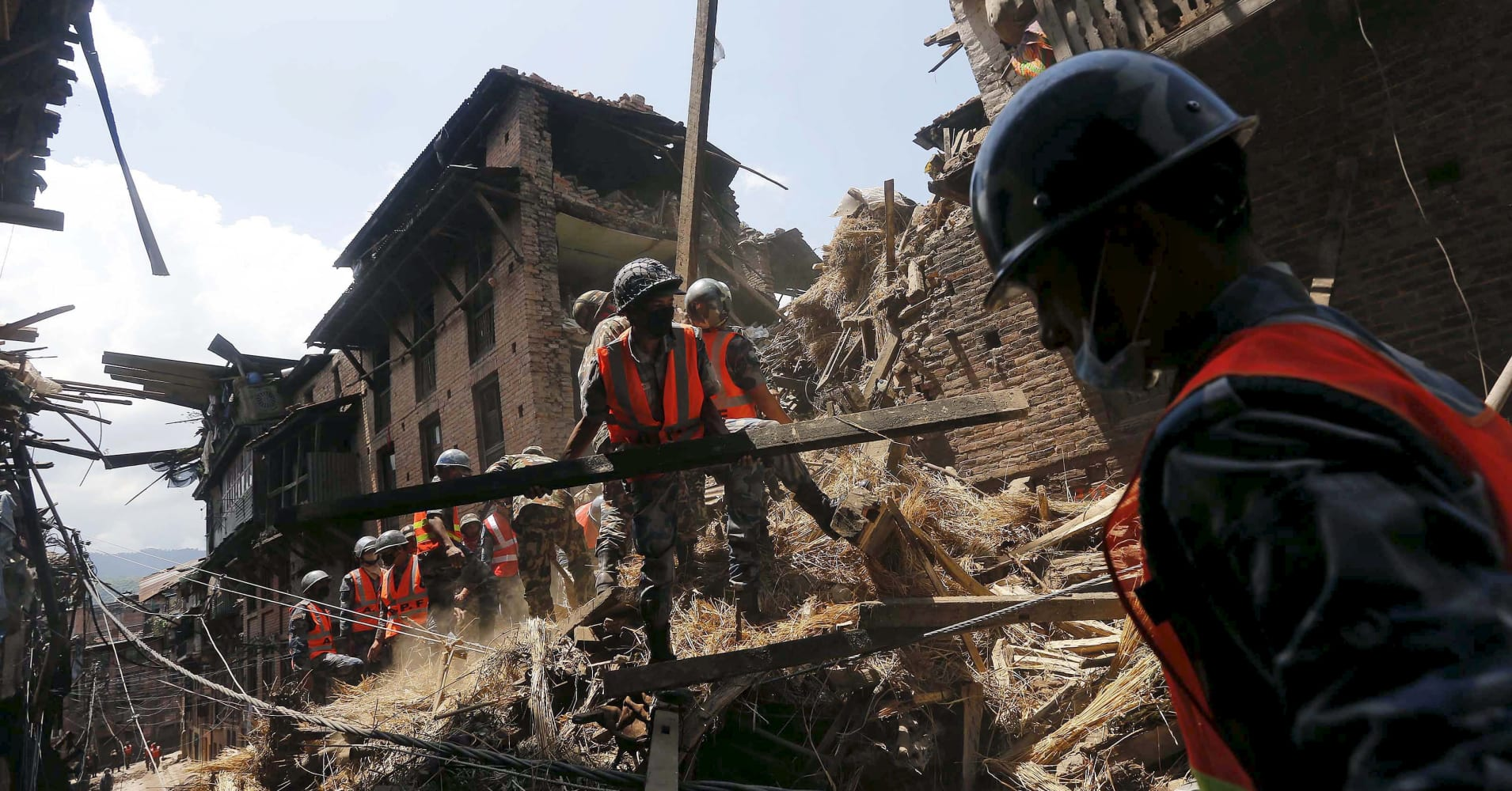 Nepal earthquake death toll could reach 10,000: PM