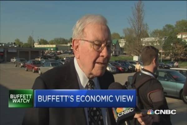 Buffett's economic view: 'Doing well'