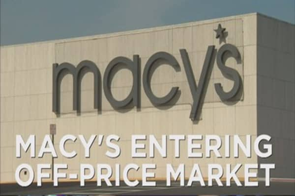 Macy's entering off-price market