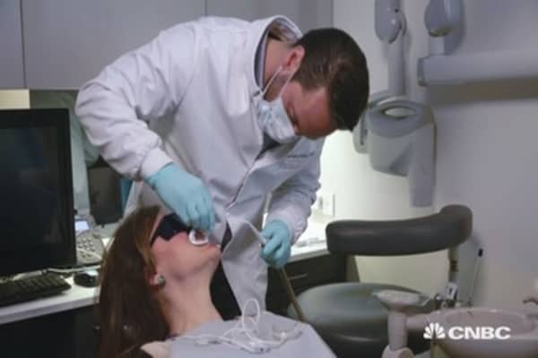 Space-saving tech drives dentists' business
