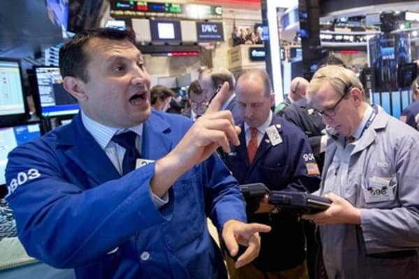 Stocks under pressure ahead of jobs report