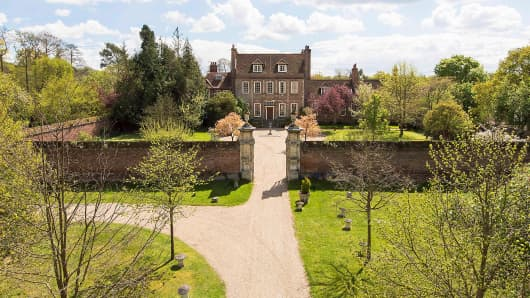 Byfleet Manor, Lady Violet's Dower House in 'Downton Abbey'