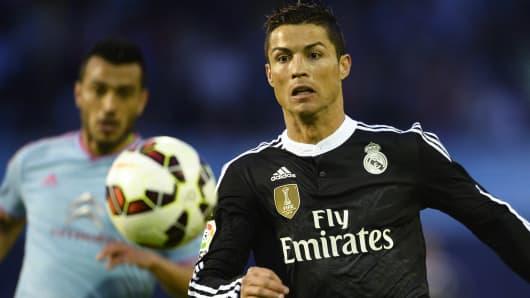 Cristiano Ronaldo runs for the ball during a Celta Vigo vs Real Madrid CF game on April 26, 2015.