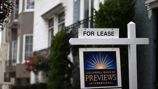 A for lease sign is posted in front of home in San Francisco.