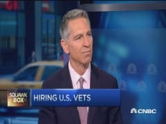 Hiring veterans on Wall Street
