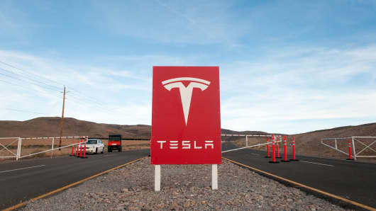 Tesla Motors' Gigafactory construction site east of Reno, Nevada. The electric-car maker, looking for workers to build its $5B battery plant and to staff its facility, was attracted to Nevada due to its high unemployment rate.
