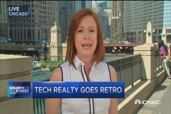 Tech realty goes retro