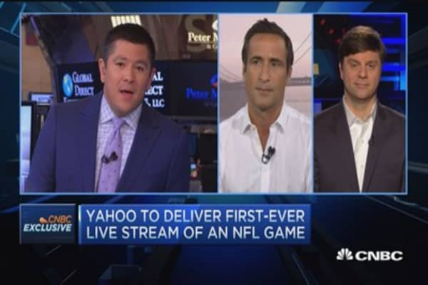 Yahoo jumps into the livestream game