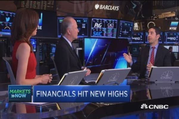 Most positive on banks than in 16 years: Mike Mayo
