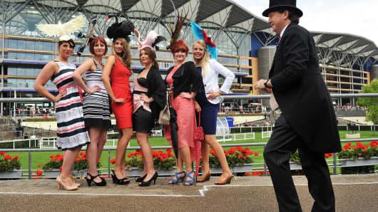 Cheap dress hire for royal ascot