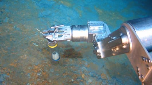 Underwater operations by Nautilus Minerals