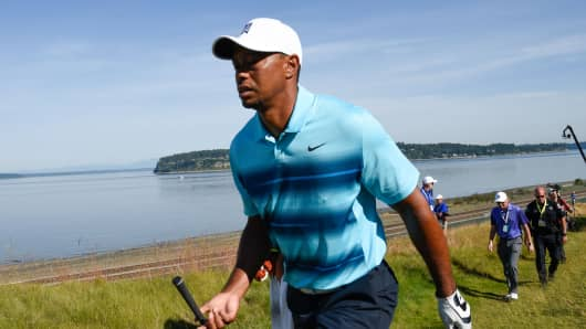 Tiger Woods walks to the fairway on the 17th hole during practice rounds on Monday at Chambers Bay.