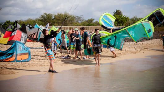 Aaron Colton, Red Bull athlete launching at Ka'a Point - kite launch area at MaiTai, Maui