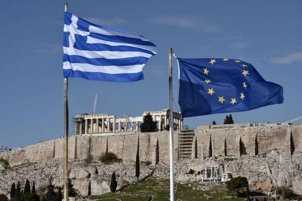 Economic risks of a Greek default