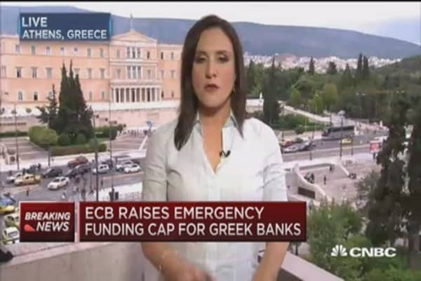 ECB raises emergency funding cap for Greek banks