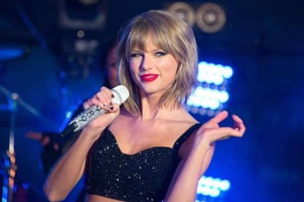 Taylor swift shakes off Apple music