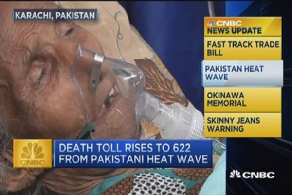 CNBC update: Pakistani heat wave kills hundreds
