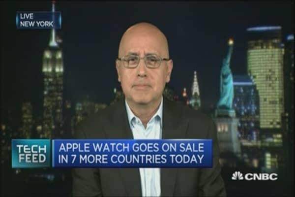 Luxury watch sector not sweating Apple Watch: Pro