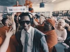 Still from Orlando Jones' RadioShack music video