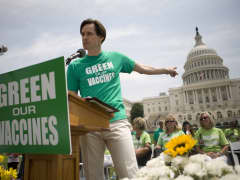 Jim Carrey Green our Vaccines rally