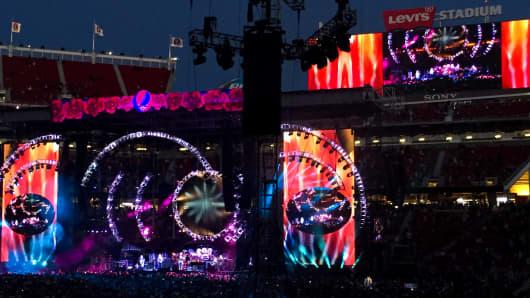The Grateful Dead perform at Levi's Stadium in Santa Clara on June 28, 2015.