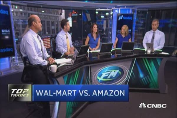 Wal-Mart goes after Amazon