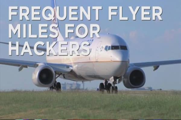 United Airlines awards hacker w/ 1M miles