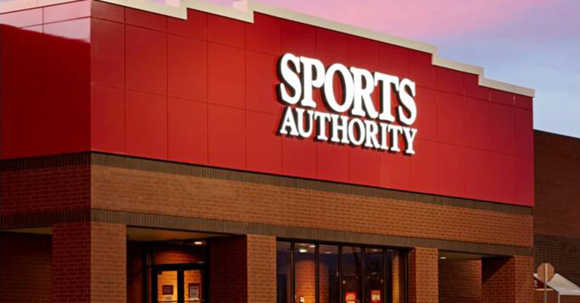 Sports Authority's play to take on Dick's