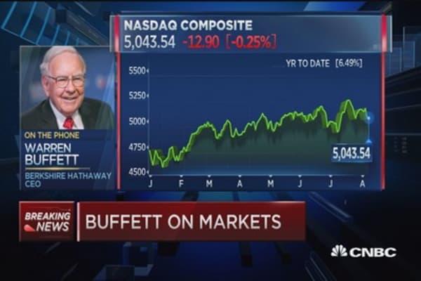 Warren Buffett: It's tough to push rates higher