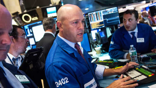 How does pre market stock trading work