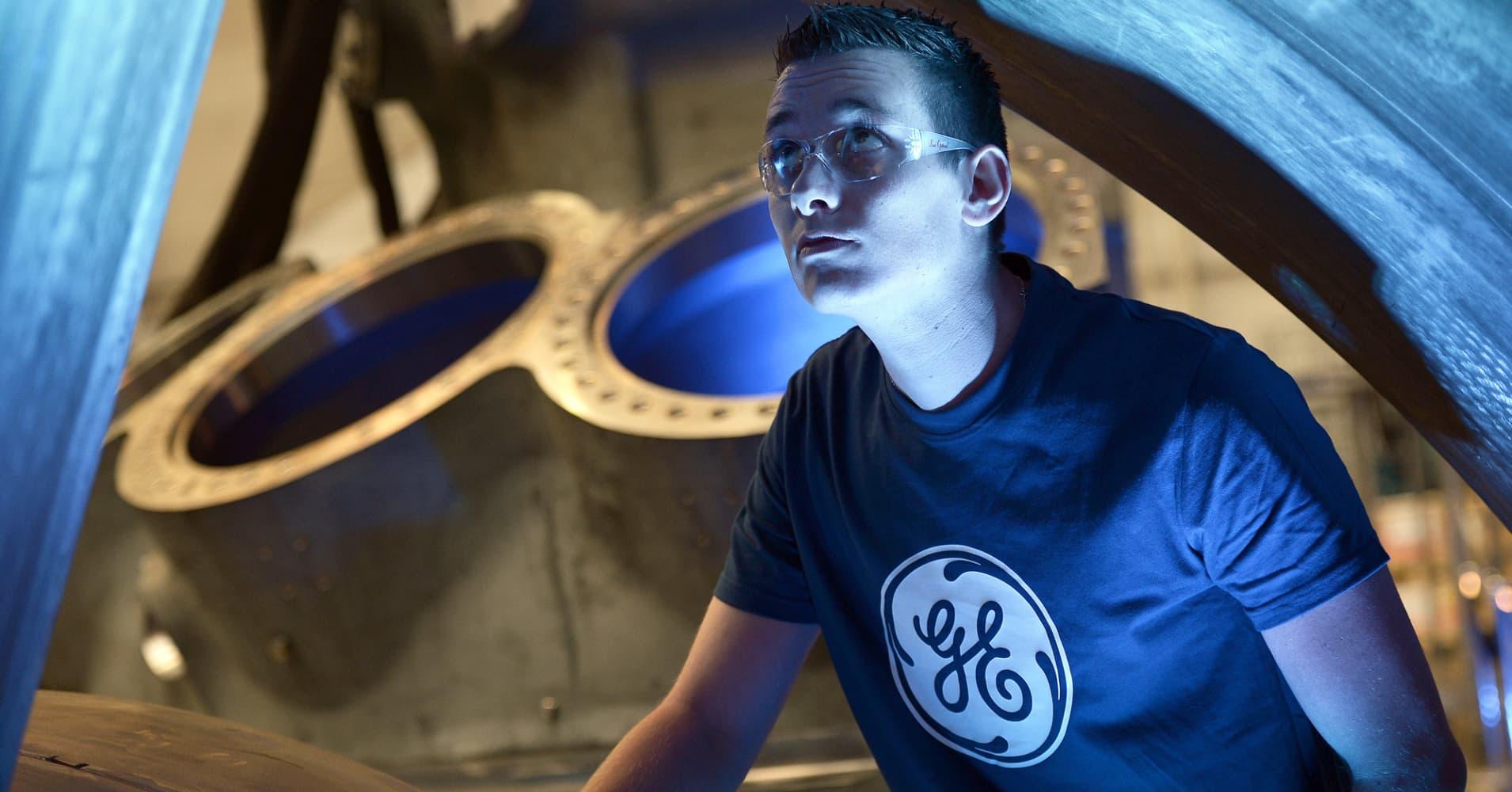 GE profit beats estimates as power business revenue rises