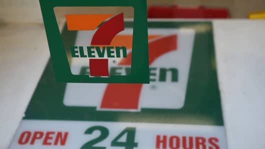 7 Eleven offering delivery service