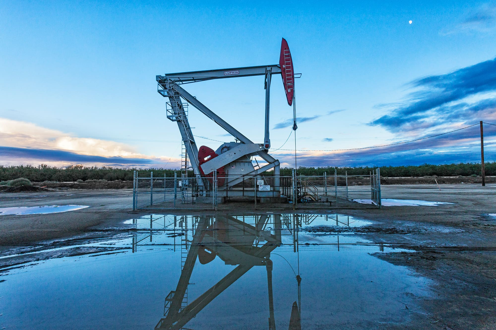 Oil Well Stock Photos. Royalty Free Oil Well Images - m Free oil well pictures