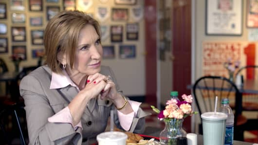 Carly Fiorina speaks to CNBC's John Harwood at Arnie's Place in Concord, N.H., on Sept. 13, 2015.