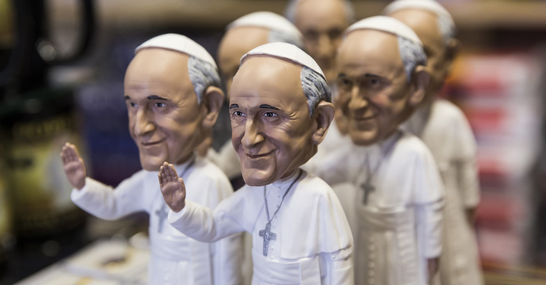 Copy this: Vatican stakes out what you can and can't do with Pope Francis' image