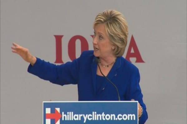 Hillary Clinton outlines prescription cost plan