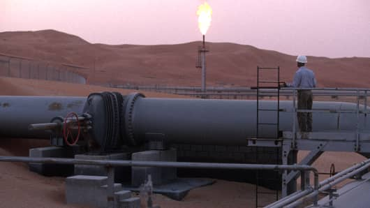"An oil site in the middle of the Rub Al Khali (""the empty quarter"") desert, Saudi Arabia."