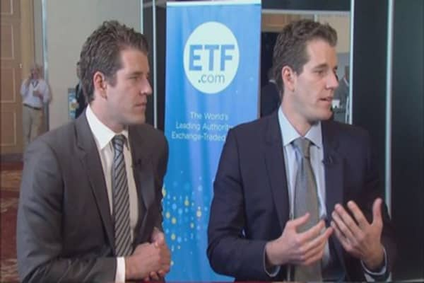 Winklevoss twins cheer on Gemini bitcoin exchange