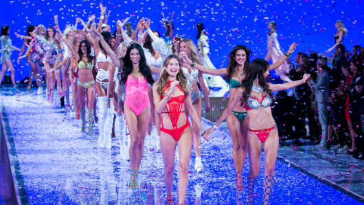 Angels walk in the finale during the 2015 Victoria's Secret Fashion Show.
