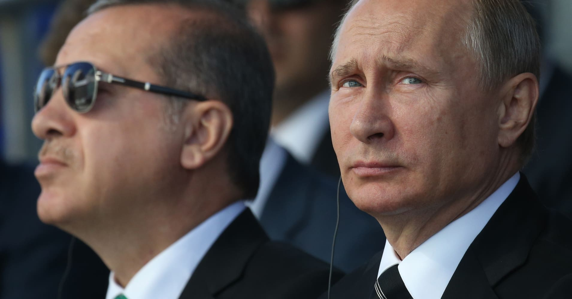 Πούτιν: Αδιανόητο να μην γνωρίζει η Αγκυρα για τα πετρέλαια των τζιχαντιστών