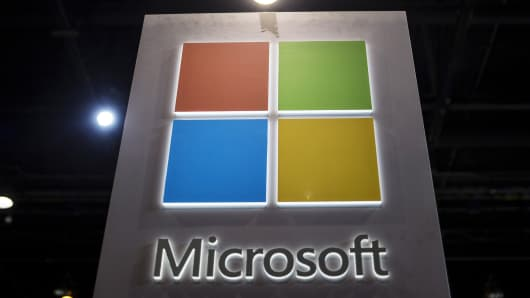 Microsoft, major banks strike blockchain deal