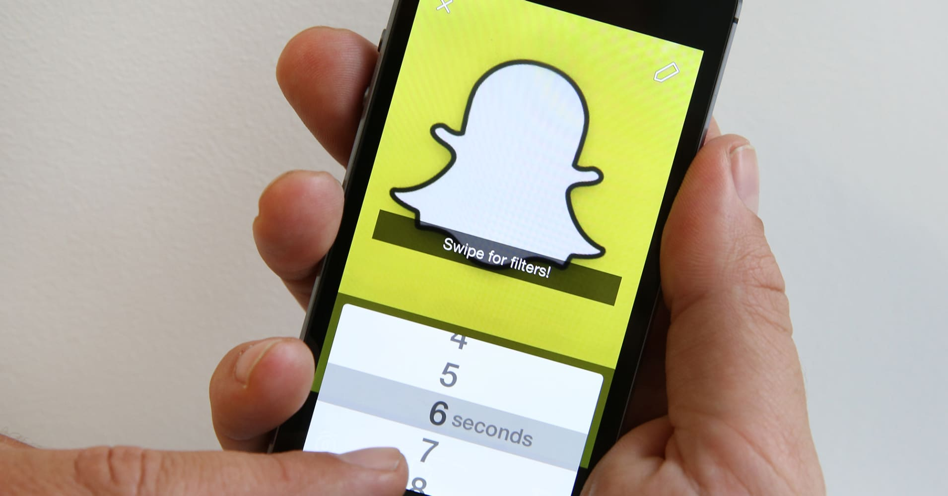Ex-employee Sues Snapchat, Alleges it Misled Investors