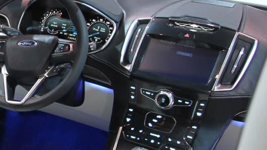 Interior dash of a Ford Edge.
