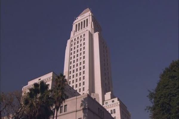 Magnitude-4.5 earthquake shakes Los Angeles